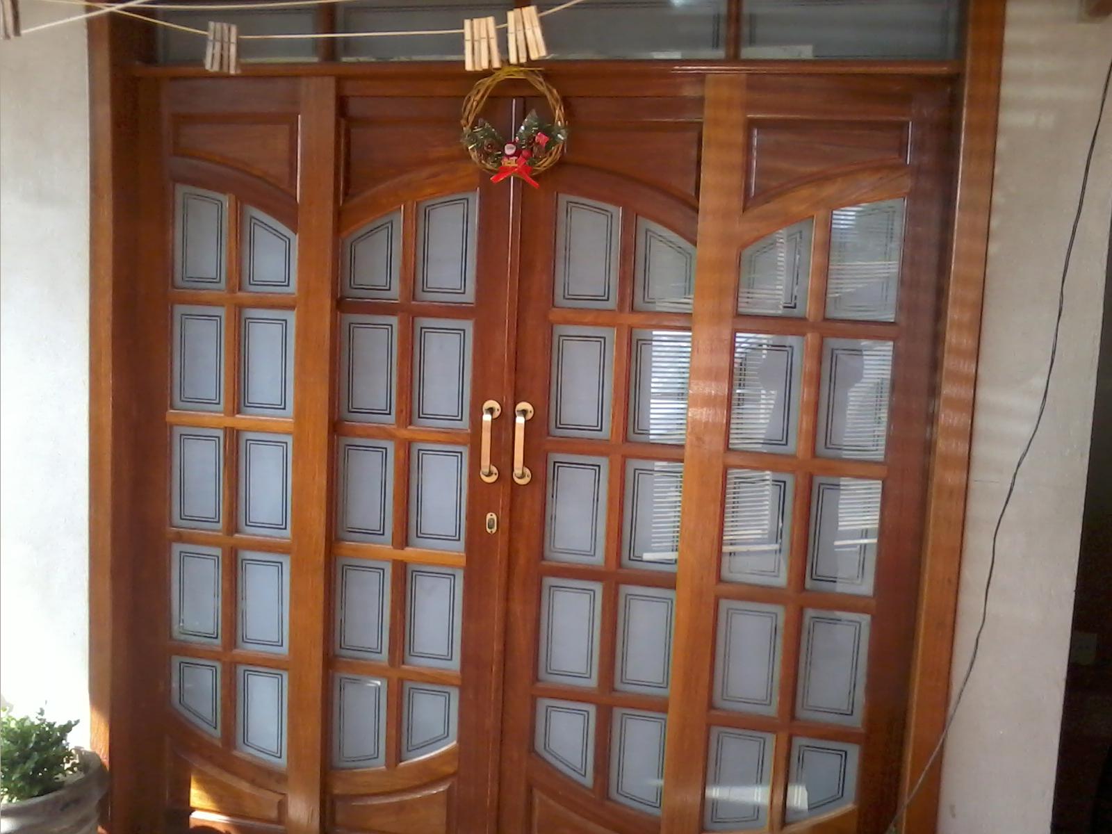 #9B5D30 janela de madeira com vidro jateado client janela com vidro jateado 1204 Portas E Janelas De Madeira Em Valinhos